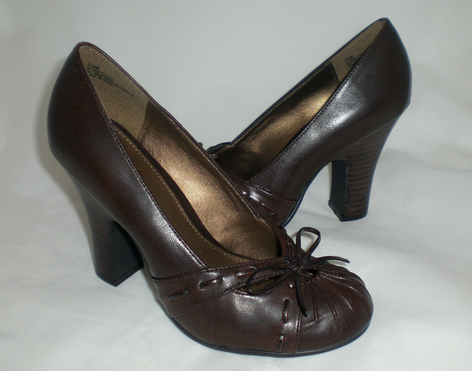 Mia Alissa pumps brown detailed 3.75  heels sz 9 Md NEW