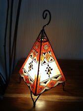 Mesa De Henna Pintado marroquí/Lámpara De Pie-Pirámide-naranja y crema de 38 Cm