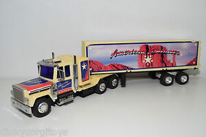 MACK-PETERBILT-AMERICAN-DREAMER-TRUCK-WITH-TRAILER-EXCELLENT-CONDITION