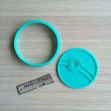 Pokemon - Pokeball cookie cutter fondant mold 3d printed cookiecutter