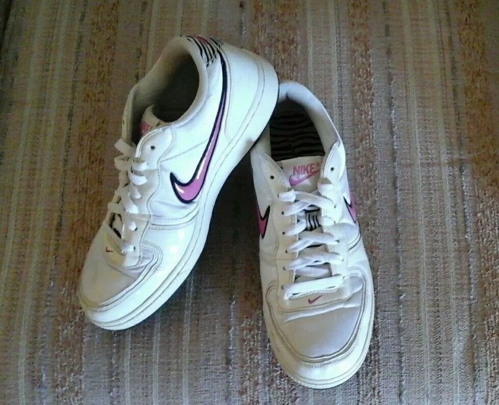 NIKE WOMEN'S WHITE SATIN & PINK ATHLETIC SHOES SIZE 9 1/2 PRE-OWNED The latest discount shoes for men and women