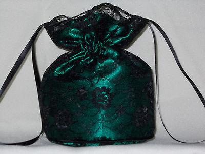 Entièrement neuf sans étiquette or satin et dentelle noir sac Dolly