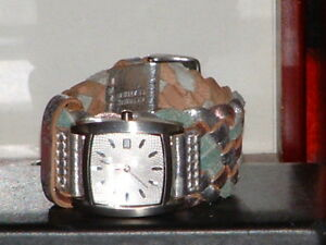 Pre-Owned-Women-s-Fossil-Braded-Band-Date-Fashion-Analog-Quartz-Watch