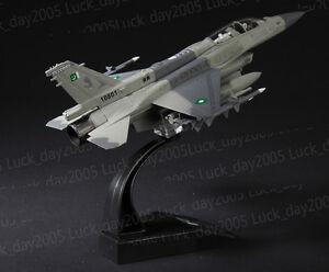 Amer-Com-Pakistan-Air-Force-F-16-Fighting-Falcon-D-Block-52-1-72-Diecast-Model