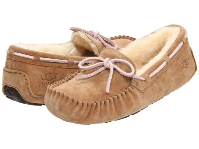 women's dakota ugg moccasins