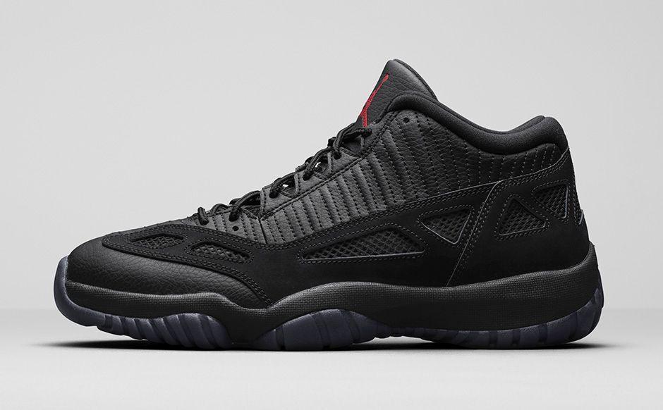 2015 Nike Air Jordan 11 XI Low Retro Bred Referee Size 12. 306008-003 1 2 3 4 5