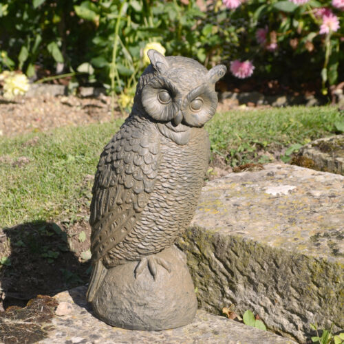 """LOVELY STANDING /""""OWL/"""" GARDEN ORNAMENT WEATHERED RUST EFFECT"""