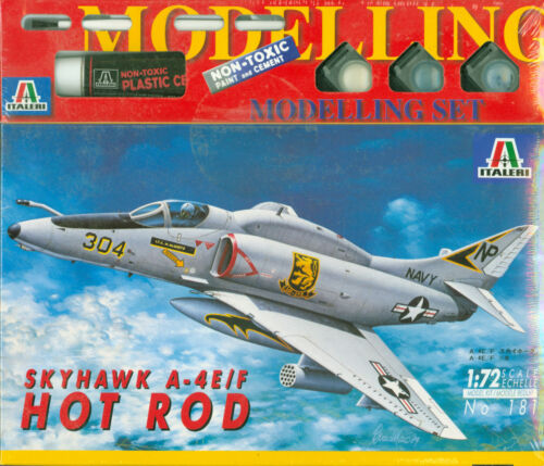 Farben Kleber Pinsel Skyhawk A-4E//F Hot Rod 1:72 Italeri Modelling Set 181 inkl