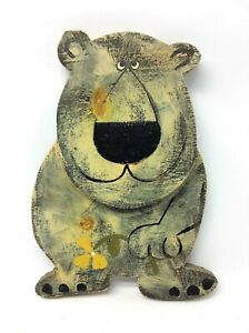 Original-Hand-Signed-Dan-Shupe-USA-Bear-with-Flower-hand-Painted-Animal-Figure