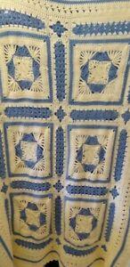 Blanket-Handmade-crocheted-70-034-x-48-034-beige-blue-Granny-Square-Beautiful-Afghan