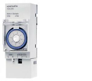 Zeitschaltuhr-230V-Verteiler-Einbau-16A-1Wechsler-B35mm-Hutschiene-151220