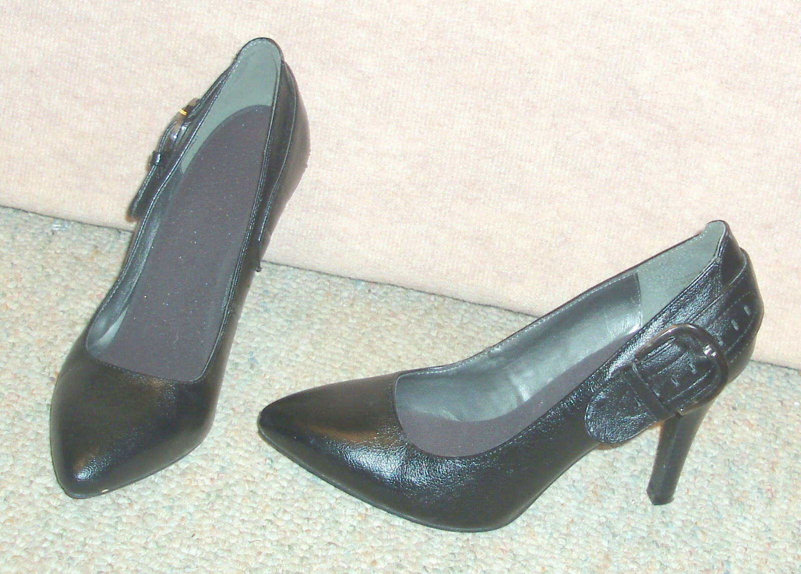 Women's black WORTHINGTON  slip on shoes / pumps 7 / heels , sz 7 pumps M ea68bc