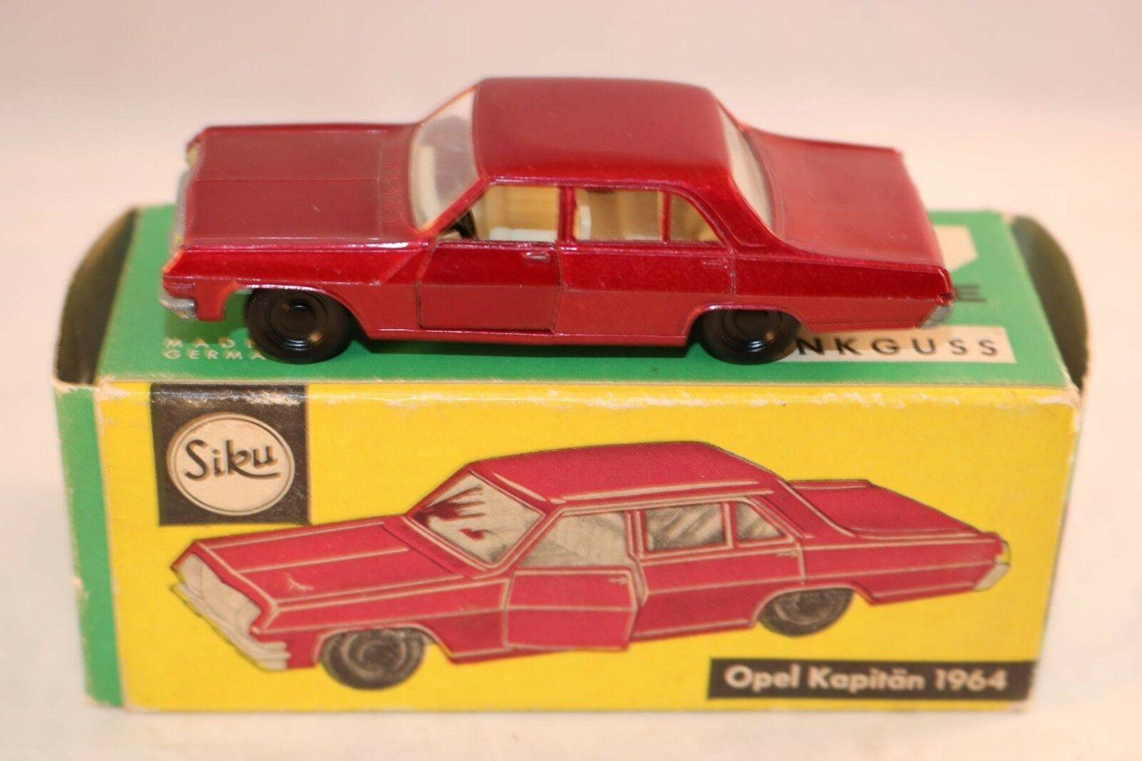 Siku V 252 Opel Kapitan 1964 in sehr gutem Zustand OVP very near mint in box