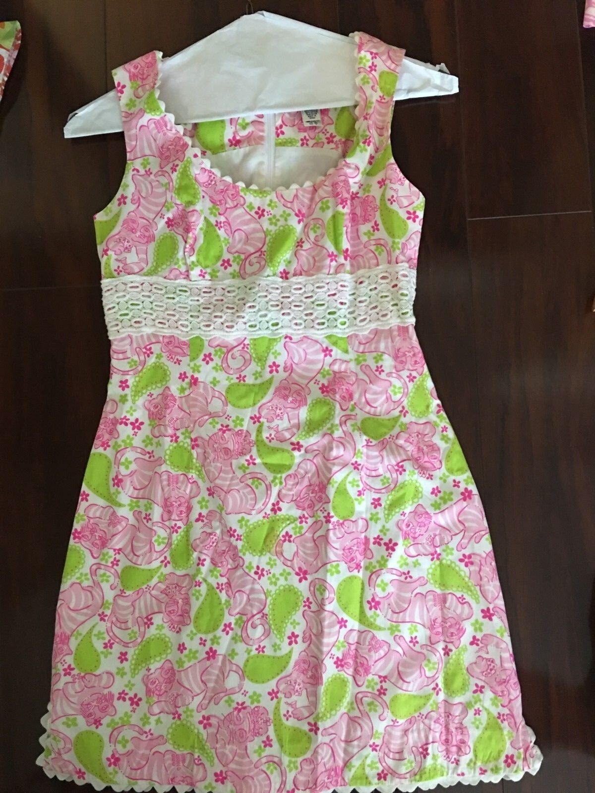 Lilly Pulitzer Sz 4 Shift Dress Rosa Grün Leopard Cheetah Scallop Hem Paisley