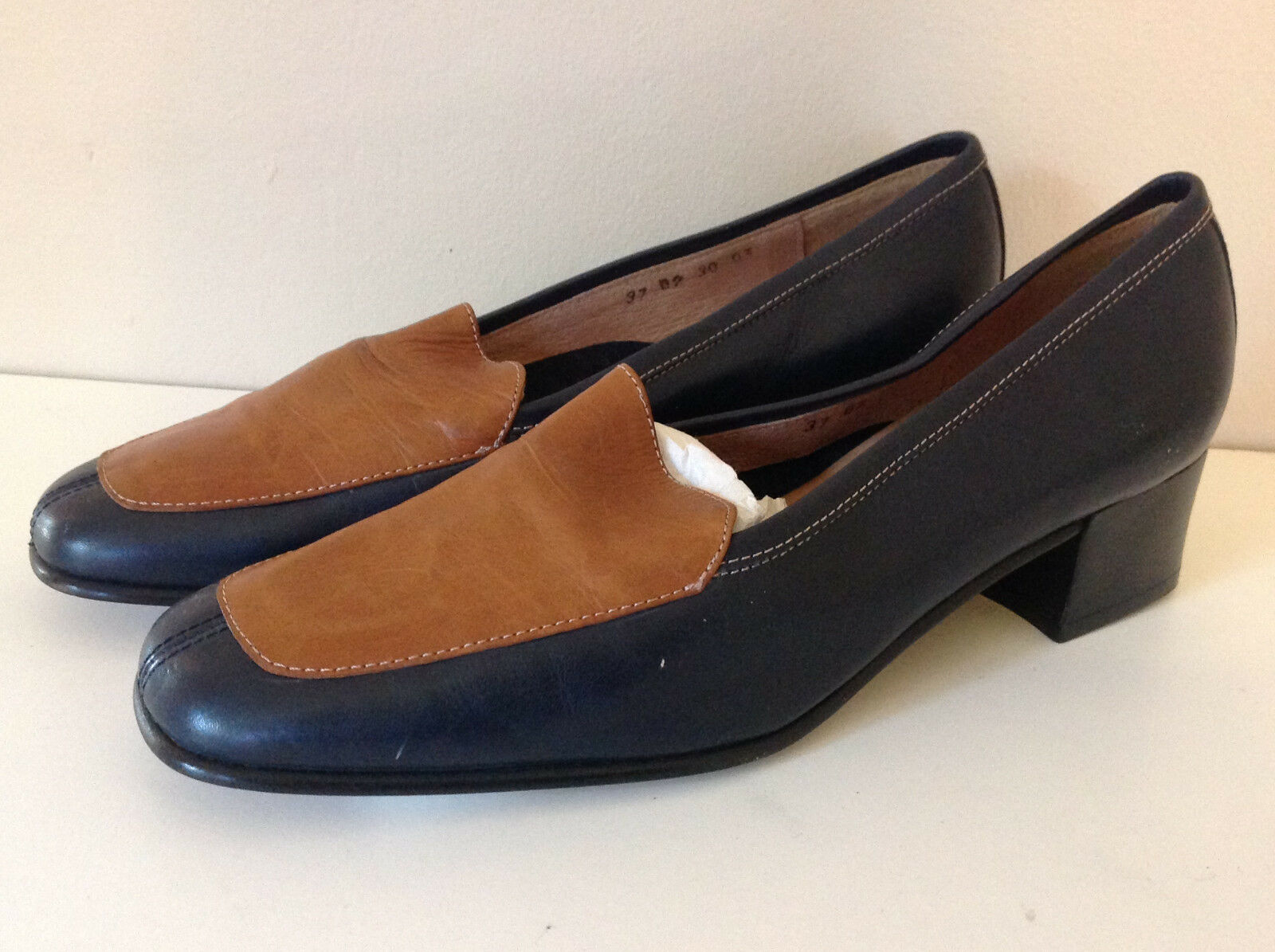 NEW SIMOMEN MOGUER navy & tan soft ALL LEATHER low heel shoes 37 UK 4