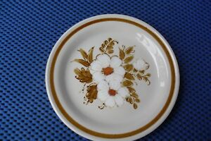 Lovely-Vintage-Mountain-Wood-Side-Plate-Dried-Flowers-Stoneware-1970s
