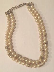 Vintage-Faux-Glass-Pearl-Necklace-Double-Strand-Gold-Tone-Ornate-Details-NICE