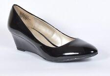 56ccdc41c975 Bandolino Womens Franci Closed Toe Wedge PUMPS Black PA Size 7.5 R6ae