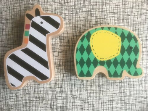 Spark Elephant /& Giraffe Wood Rattle Teether for Baby