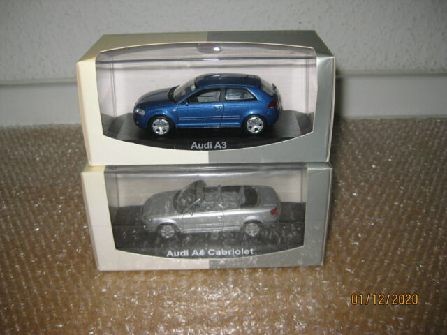Minichamps 1:43 AUDI a3 in Blu + NOREV 1:43 AUDI a4 Cabrio Argento/r666