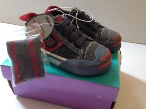 NWT WEEBOK BY REEBOK BABY TODDLER EXETER ZIP GREY RED 5.5 6 6.5 ... c8a7c8be2