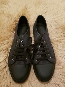 GUCCI Common Low Top Sneakers Size 10