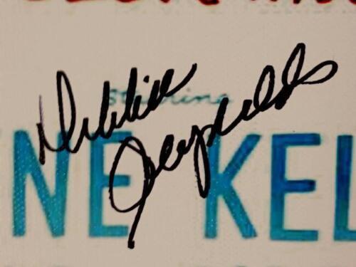 DEBBIE REYNOLDS Signed 16x20 Canvas Photo SINGING IN THE RAIN Auto PSA//DNA COA