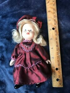 Antique-Bisque-Full-Body-German-Doll-with-movable-joints-Marked-27-57-on-back