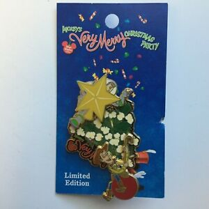 WDW-Mickey-039-s-Very-Merry-Christmas-Party-2004-Woody-amp-Buzz-LE-Disney-Pin-35307