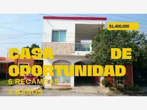 Casa en Venta en Villa Flores
