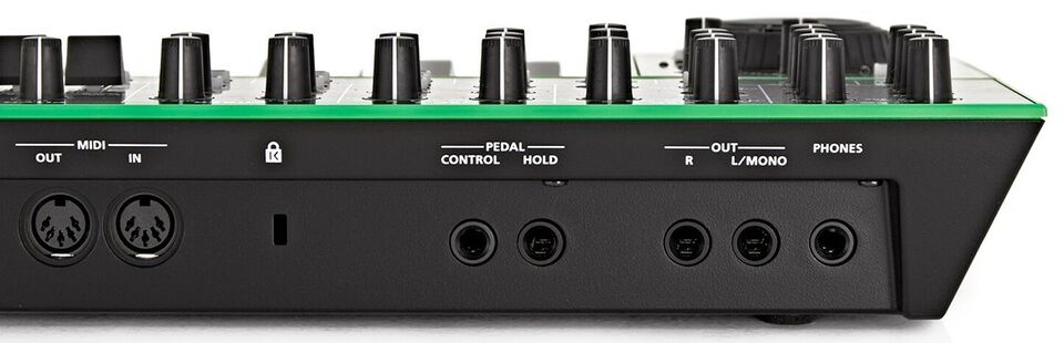 ROLAND Aira System 1 Plug Out Synth