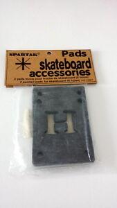 2-x-SPARTAK-RISER-PADS-Black-Skateboard-Spacer-NOS-SKATEBOARD-OLD-SCHOOL