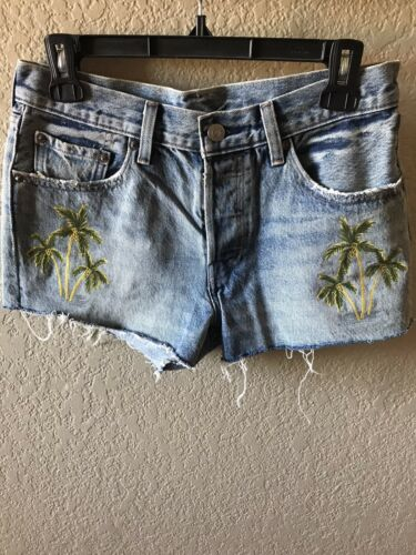 levis 501 cutoff jean shorts