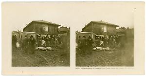 Stereo-France-Prisonniers-allemands-utilises-dans-un-poste-de-secours-Vintage