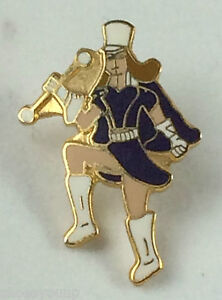 Majorette Cheer Leader Dark Blue Top Quality enamel lapel pin badge