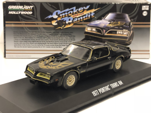 Smokey and the Bandit 1977 Pontiac Trans AM 1:43 Scale Greenlight 86513
