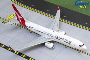 Gemini-Jets-1-200-Qantas-Airways-Boeing-B737-800w-039-Silver-Roo-039-VH-VZI