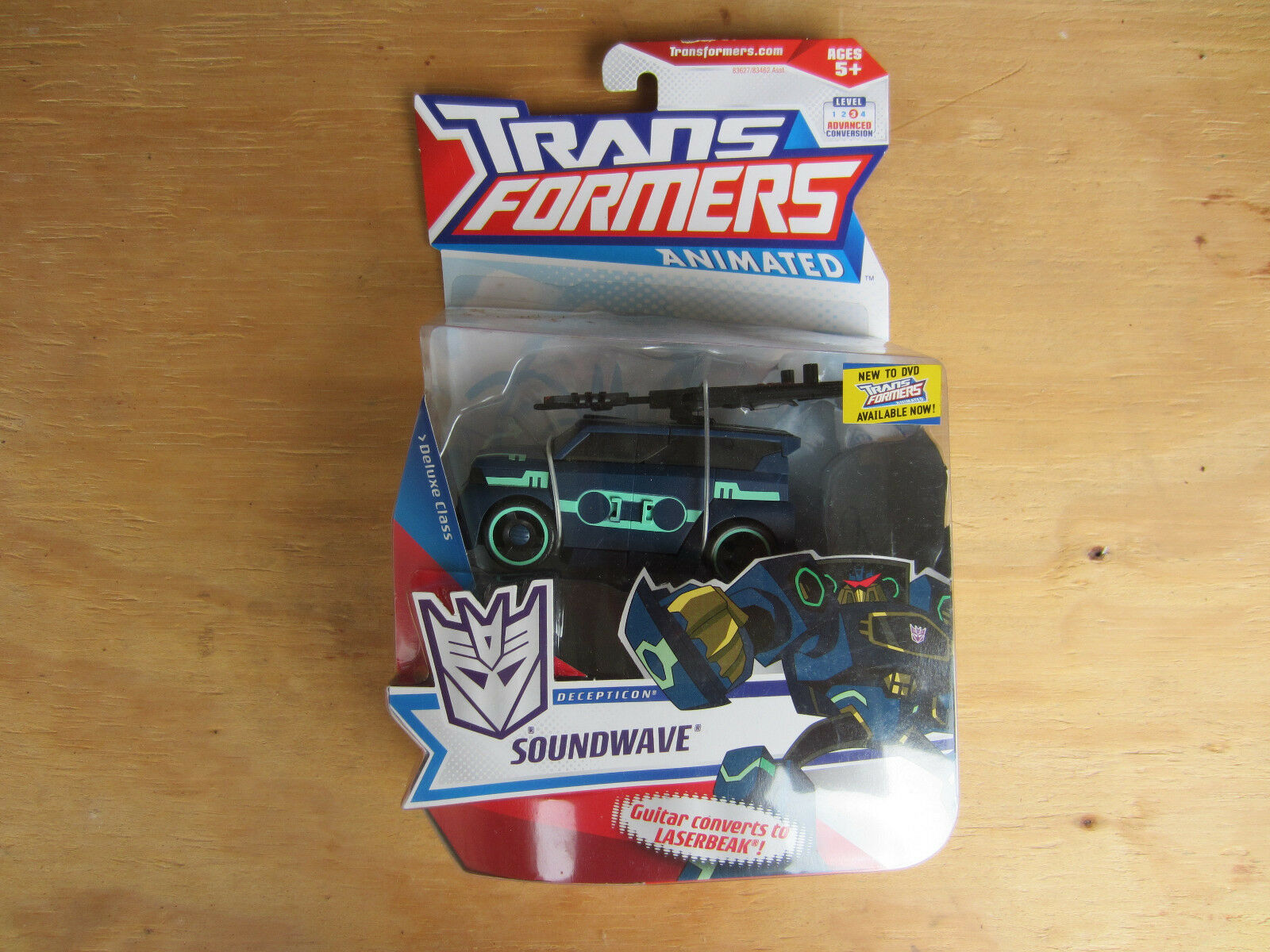 Transformers Action Figure deluxe class Animated Decepticon Sounwave 2008 New
