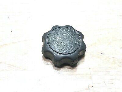 TOYOTA COROLLA camry sienna SEAT ADJUSTMENT adjust knob 72457-06010 oem C143