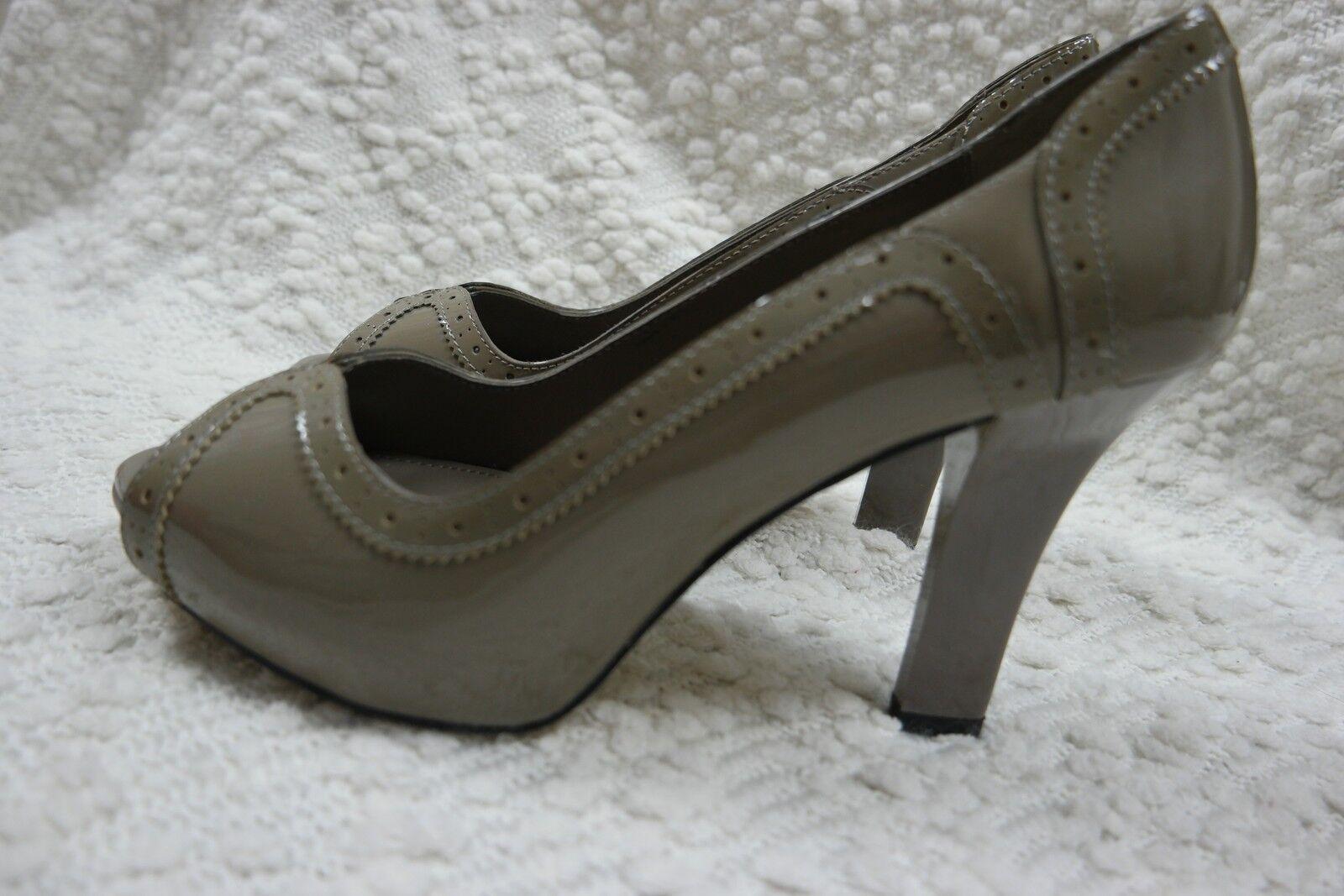 DIANA FERRARI sable Braun 100% patent Leder peep toe high heels Größe 9.5 BNIB
