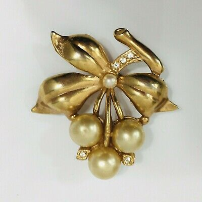 Fall Jewelry Retro 1980s 80s Gold Tone and Brown Leaf on Branch Vintage Brooch Pin