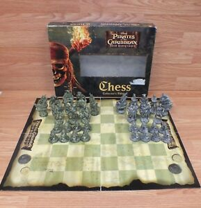 Pirates of the Caribbean Dead Man/'s Chest Checker Game board part die cast coin