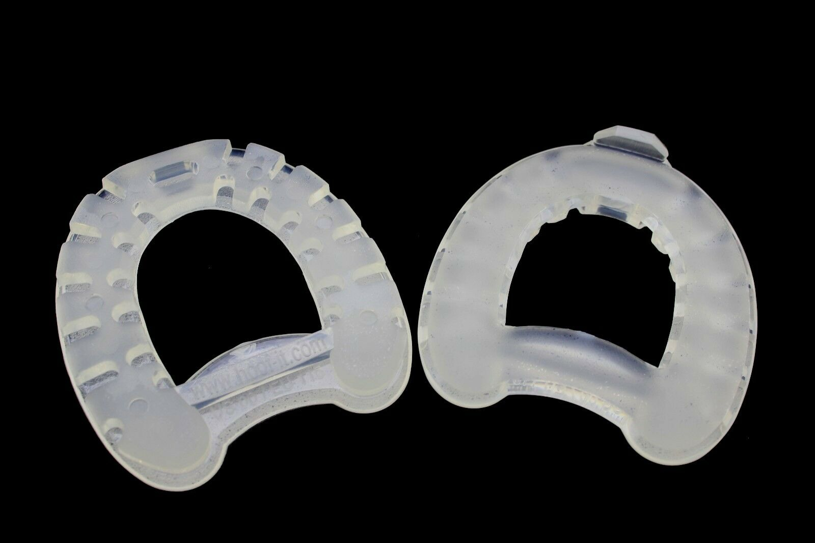 HOOF-it Natural Flex Plastic Rubber Draft Horseshoes Horse Size 8-11   205