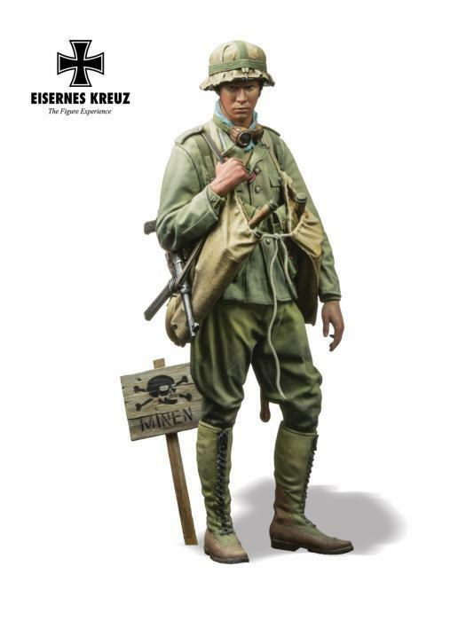Andrea Eisernes Kreuz German DAK Panzer Pioneer 1942 WW2 1 16th Unpainted kit