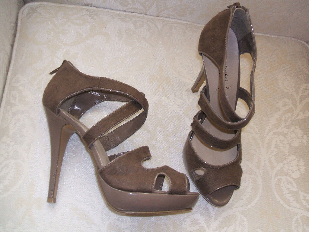 NEW LOOK SIZE 6 7 COFFEE TAUPE MINK FAUX SUEDE HIGH HEEL STRAPPY SANDALS SHOES