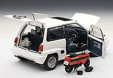 Autoart HONDA CITY TURBO II WHITE WITH MOTOCOMPO IN RED 1/18 Scale New Release!