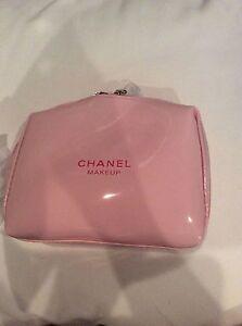 8effceeb5a61 NIP USA Chanel Beauty MAKE UP PINK CUTE Pouch Clutch cosmetics bag ...
