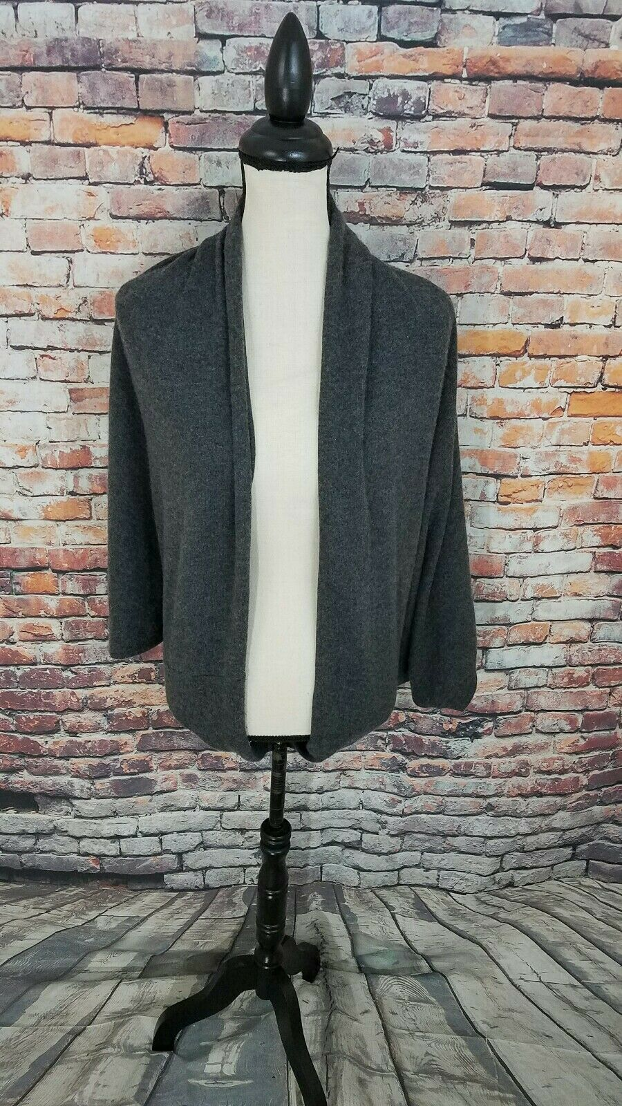 Vince Short Sleeve Grey 100% 100% 100% CASHMERE Cropped Cardigan Sweater Sz S RN 611767