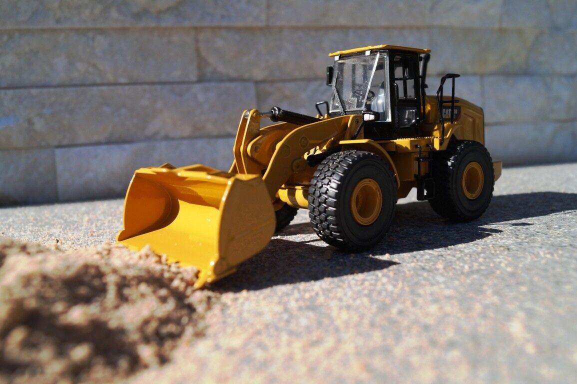 TONKIN  Cat 950 GC Glisseur Scale 1 50 NATURE NR 10010  Prix Spécial   autorisation de vente de la marque