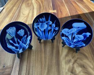 Set of Takahashi San Francisco Ceramic Porcelain Plate Cobalt Blue Flower Plates